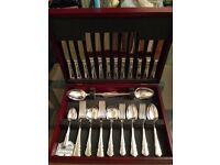 Silver plated canteen of cutlery. Elegant Dubarry design. Six placings.