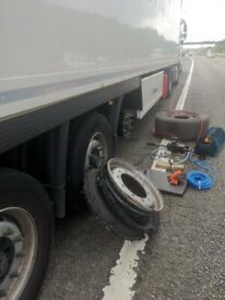 Kingstown up on Thames and New MALDEN A3 M25 HGV Mobile Tyre Services