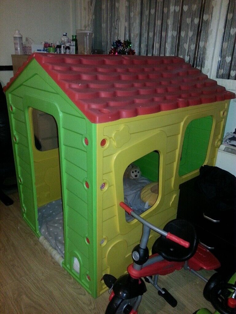Toys R Us Toy Play House In Hackney London Gumtree