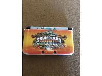 Nintendo 3DS console, 13 games, Skylanders portals