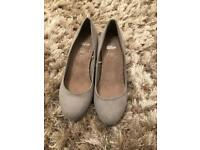 Grey suede heels worn once 5