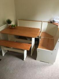 Dining table for sale good condition