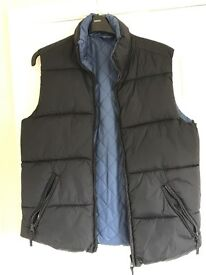 Boys gilet, navy, size small. Suitable for boys aged 12-15