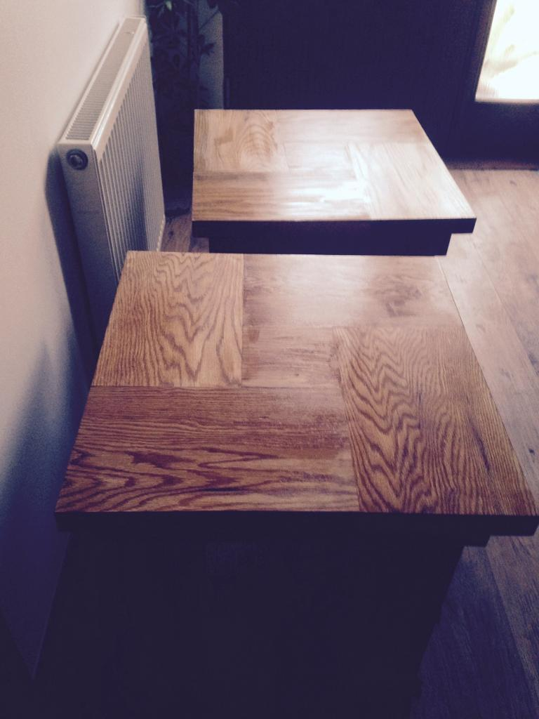 2 solid oak chunky side tables