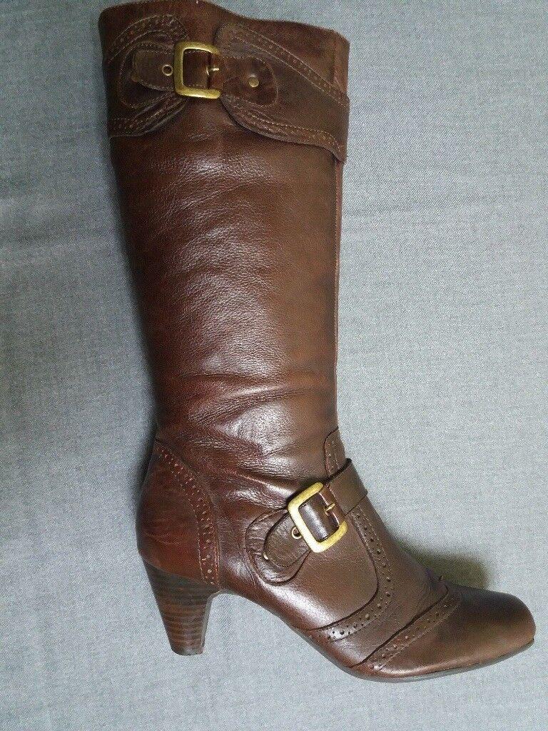 Stunning Jones Bootmaker Ladies genuine leather elegant boots size 8
