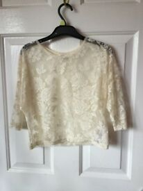 New Look Girls Generation Collection Cream Lace 3/4 Length Sleeve Top. Sized 10-11 Years Old