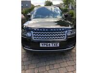 Range Rover Vogue. 2014 (64). 1 owner from new. 31,000 miles. Full dealer service history.