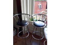 2x breakfast bar stools vgc
