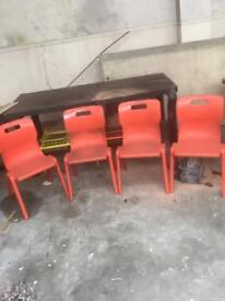 Plastic stackable chairs 4 off