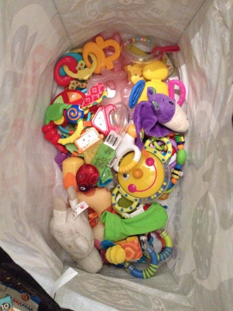 Baby toys rattles cuddly toys etc £25 the lot
