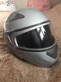 Full face crash helmet