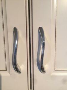 KITCHEN HANDLES