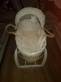 Mamas & Papas Millie & Boris Moses Basket & Stand