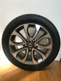 BRAND NEW Nissan Juke Alloy and Tire
