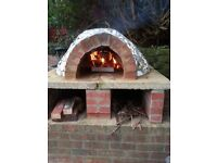 No fees- 3 bed semi-detached house in Fenham with an outdoor pizza clay oven,large gardens & drive