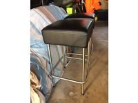 2 x brushed chrome and black kitchen/bar stools in great condition.