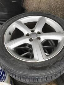 Audi Q5 alloy wheels and tyres