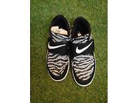 Nike free socfly size 8