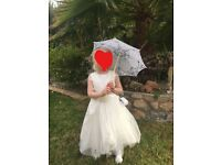 ivory girls flower girls dress. age 5