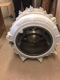 9 kg Drum HotPoint wash and dryer