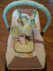 Baby Moov bouncy chair