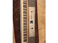 Yamaha dgx-620 digital piano/stage piano- weighted 88 keys, on board speakers, fully working