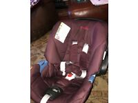 Mamas & papas Cybex first stage car seat for sale. Very good condition.