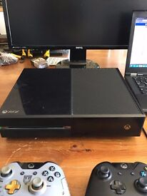 Xbox One 500gb, 2 Controllers, 4 Games - Swap for PS4 or £150
