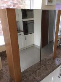 Oak veneer bathroom cabinet