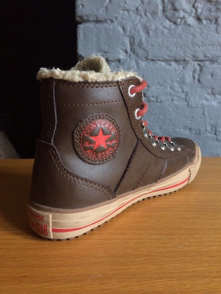 fe71b4814d3889 Leather Converse UK 2.5 Junior