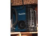 makita radio like new