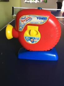 Tomy Projector