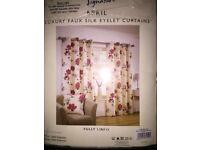 Duvet & maching curtains