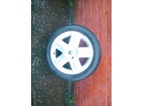 Renault 14inch alloys for clio or megane £40