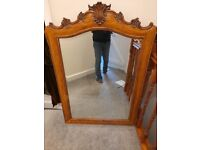 Beautil antique bevelled edged mirror 124cm by84cm
