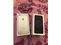 iPhone 6 unlocked silver n white mint condition like brand new boxed with all acce