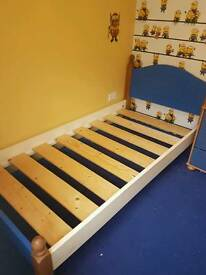 Single bed frame, ready to go