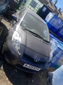 2009 Toyota Yaris semi automatic