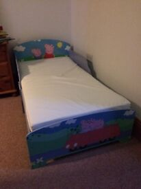 Peppa pig child's bed with mattress
