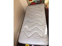 Nearly new single bed with pull out bed