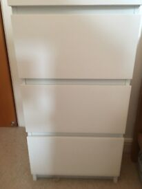 IKEA malm chest of 3 drawers - white