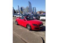 Audi TT 2.0 - Red Convertible