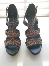 Jessica Simpson Animal Print High Heeled shoes. Size 3.5 (36)