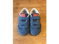 Boys adidas dragon size 7
