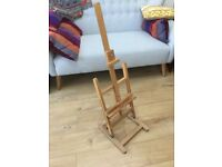 VINTAGE WOODEN ARTISTS EASEL, DESKTOP, IDEAL PICTURE OR MENU DISPLAY, FULLY ADJUSTABLE