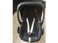 Maxi cosi pebble car seat in a very good condition