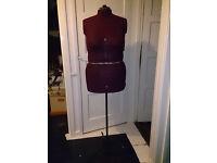 Dressmaker's Dummy Expanding Adjustable Form XL Fuller Figure 24 to 30