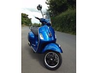 VESPA GTS 300 2014 in BLUE with back rack. Low mileage.