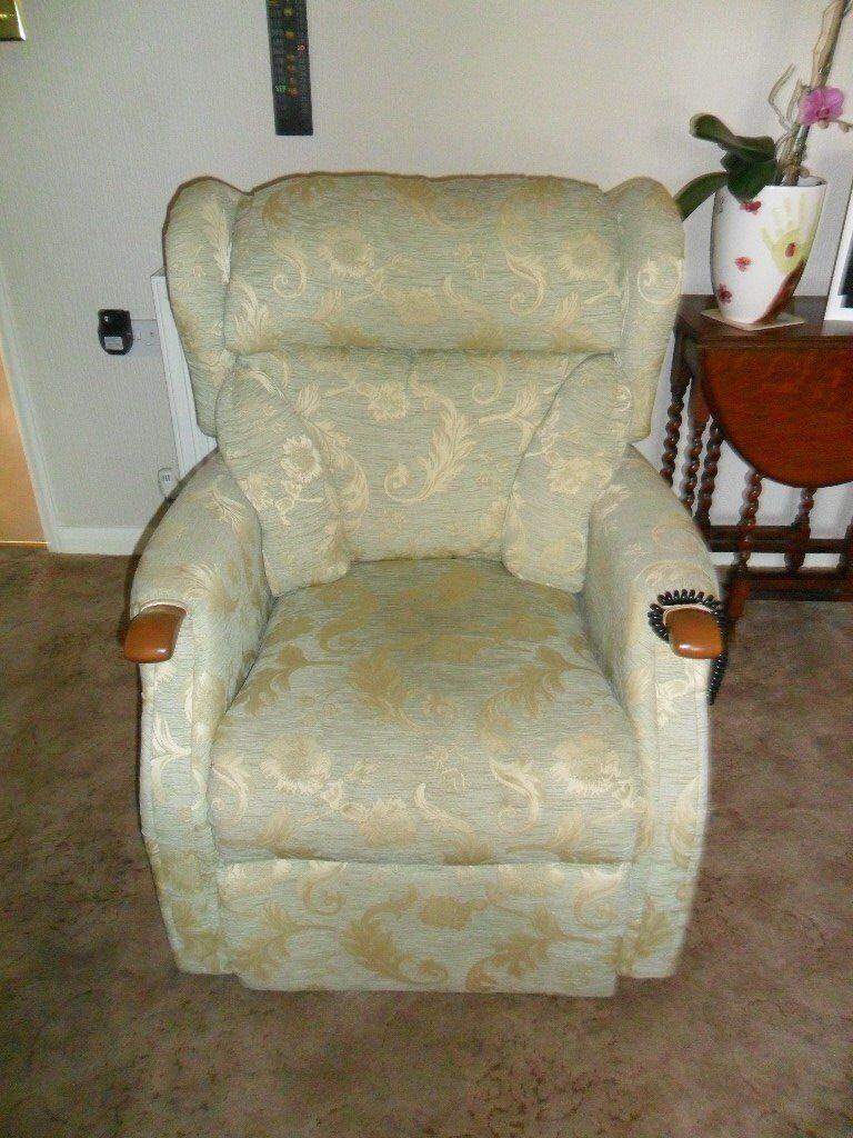 Kensington Rise & Recline Chair