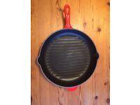 ***Le Creuset Griddle Pan Cast Iron Cerise 30 cms***